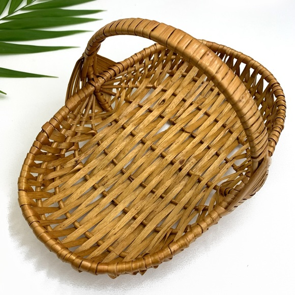 Vintage Handwoven Wicker Basket Catch All + Handle
